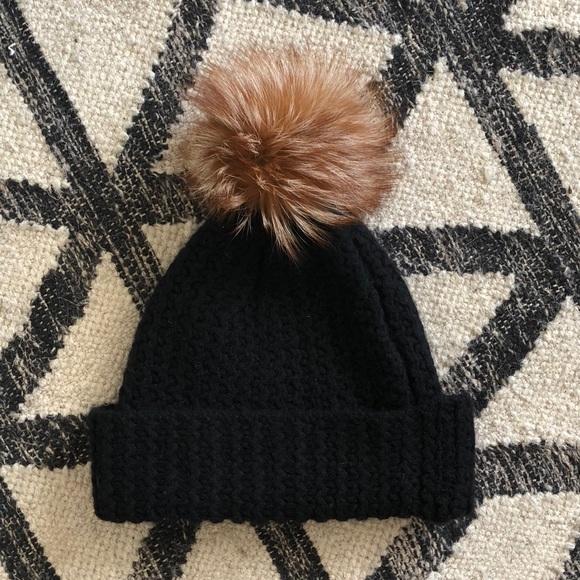 b0666754738d0 Sofia Cashmere Knit Cashmere Hat. M 5b9da208f63eea14ef6387db